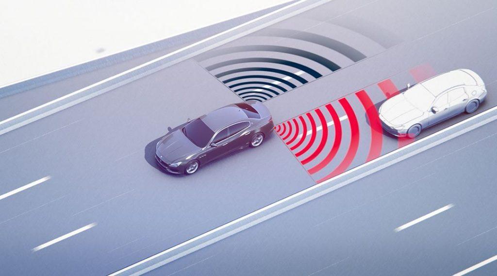 Tips to avoid blind spots in driving 1 1024x569 - نصائح لتفادي خطورة النقاط العمياء أثناء القيادة